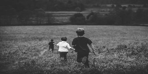 मेरा बचपन पर कविता